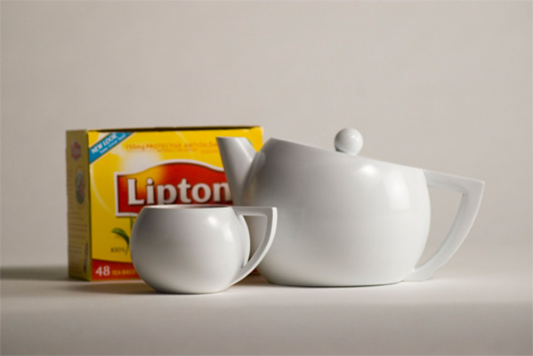 Teapot designed for Lipton's