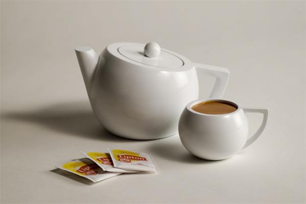 Lipton Teapot